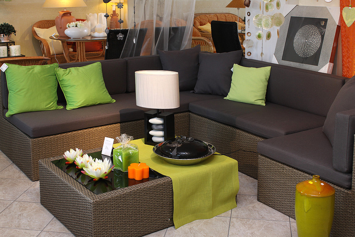 wohnakzente wintergartenm bel rattanliegen loungegruppen gartenm bel. Black Bedroom Furniture Sets. Home Design Ideas